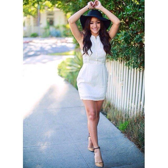 Melanie Iglesias x01