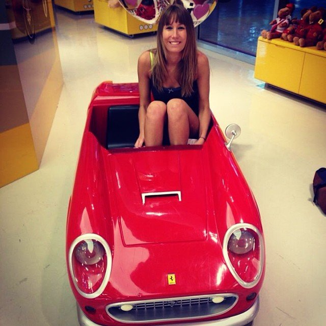 15_Ferrari World